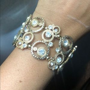 Thick gold bracelet